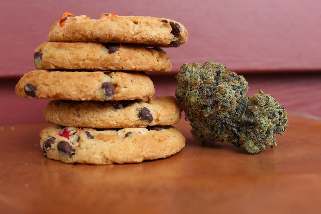 Edibles 101: How Long To Wait Before The Effects Kick In